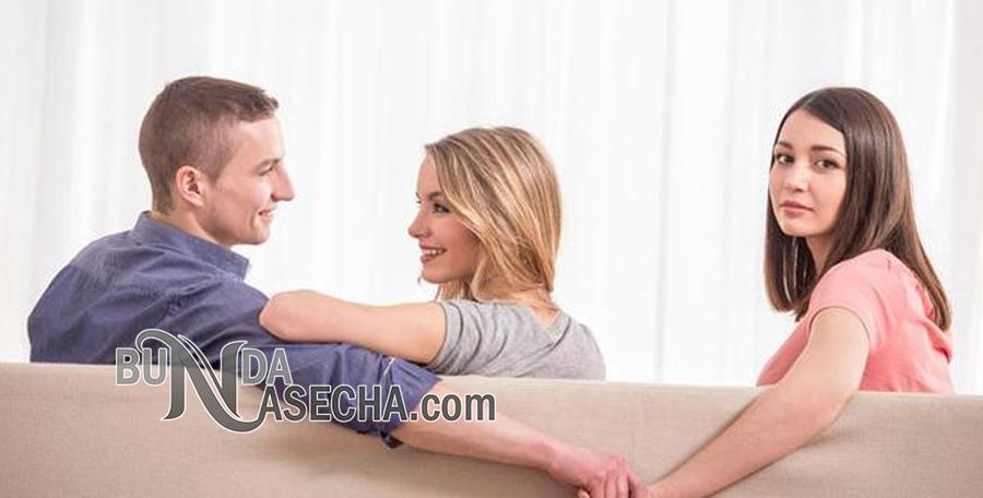 Alasan Orang Selingkuh Meski Pernikahan Bahagia