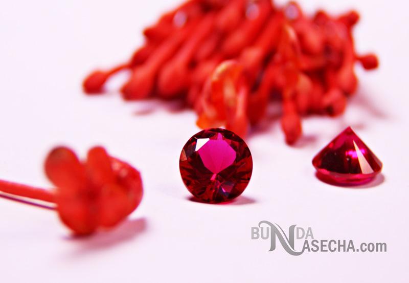 Kristal Pengunci Cinta